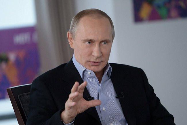 Putin: Rosja odpowie na zagrożenia
