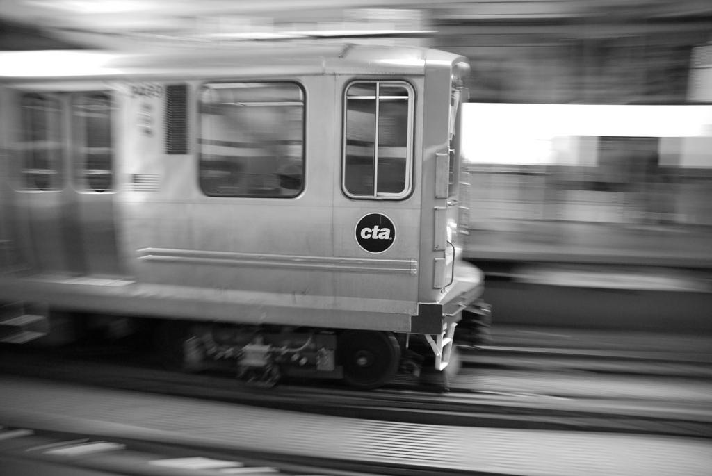 Dwie ofiary ataku na stacji koleji CTA