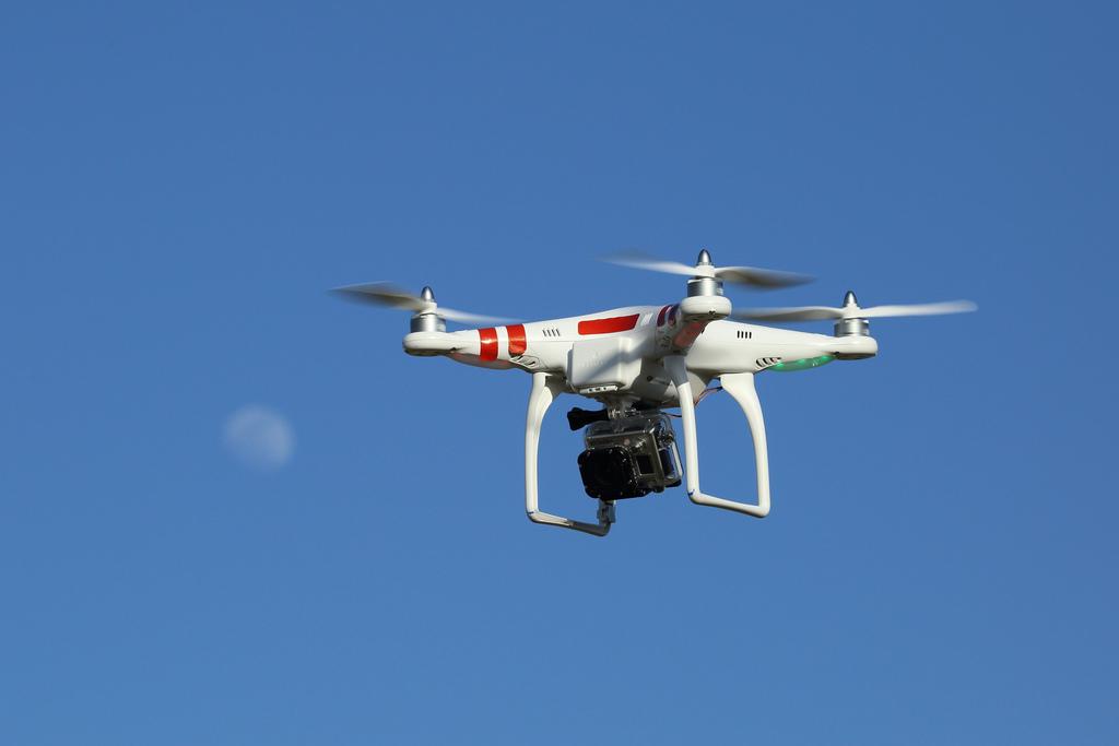 Drony i policjanci pod przykrywką będą strzec porządku na 122. Maratonie Bostoński