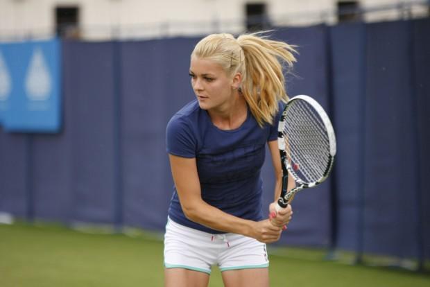 Tenis – WTA Finals – Agnieszka Radwańska przegrała z Flavią Pennettą!