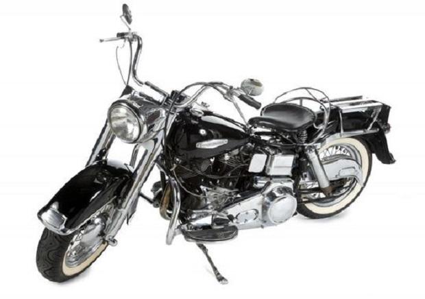 Motocykl z prywatnej kolekcji Marlona Brando sprzedany na aukcji