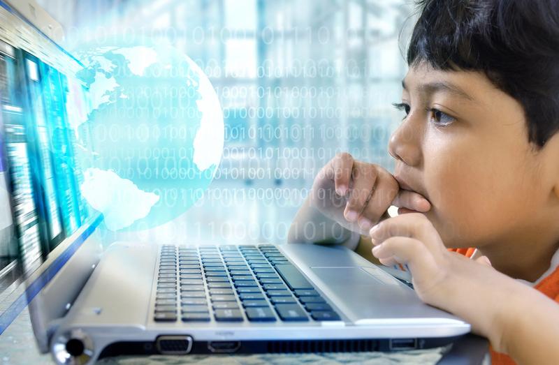 Szybki internet dla wszystkich szkół w Polsce