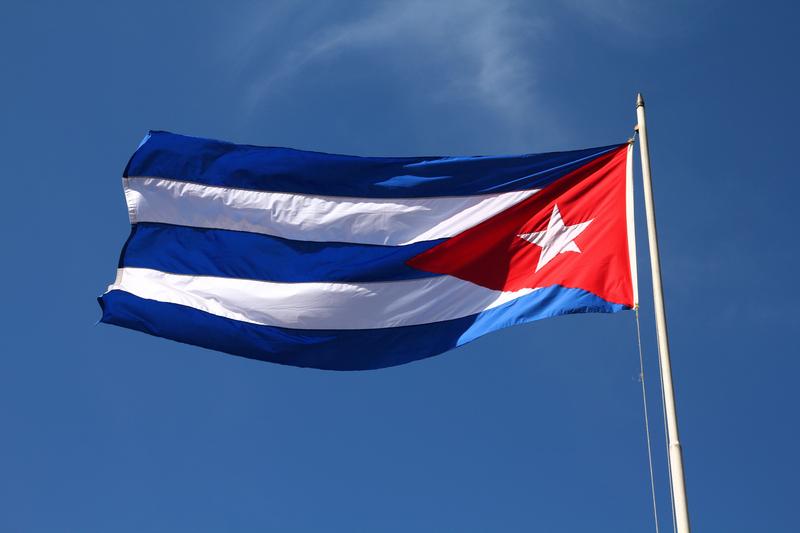 Waszyngton: kubańska flaga na budynku ambasady, Kerry w sierpniu leci do Hawany