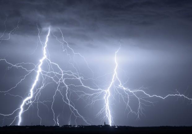IMGW ostrzega przed wiosennymi burzami