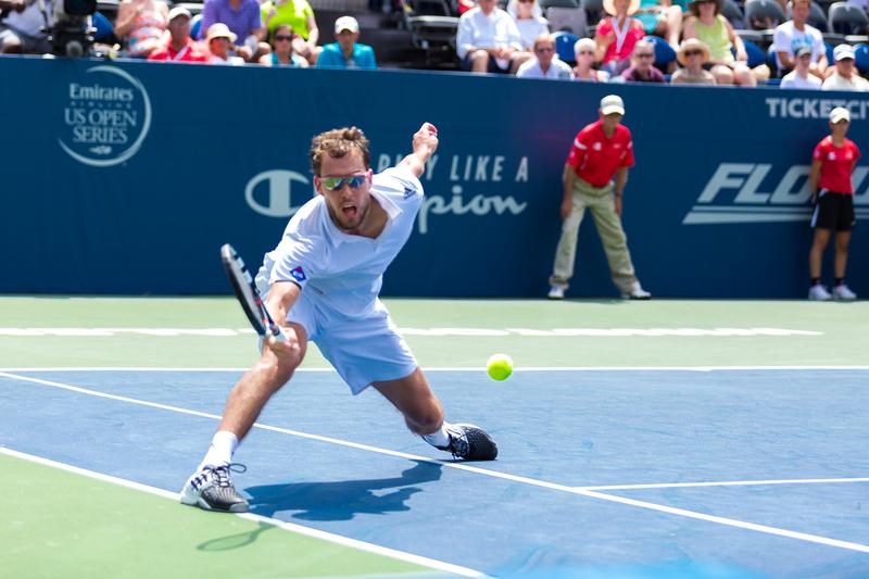 Tenis – ATP Winston-Salem: Janowicz w 3. rundzie