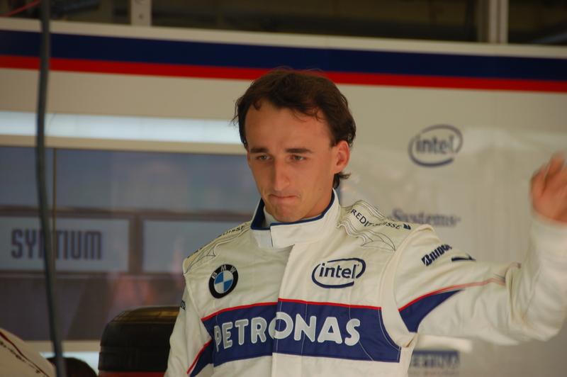 Rajd Korsyki – Kubica musiał zrezygnować z dalszej jazdy.