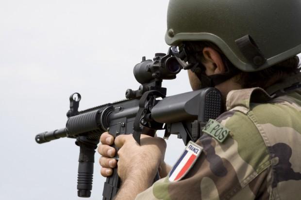 Następni francuscy żołnierze oskarżeni o pedofilię