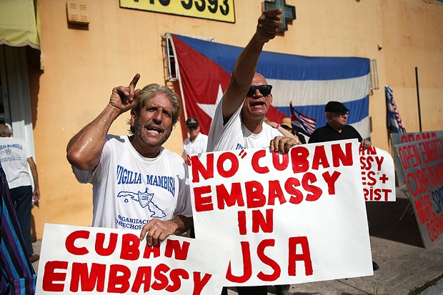 Kubańczycy w Miami niezadowoleni z odnowy stosunków