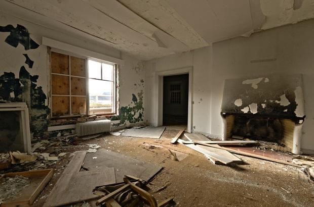 Studenci odnawiają domy w Detroit. Podnieśli cenę z 6 do 80 tysięcy