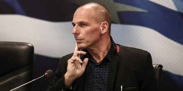 Minister finansów Grecji , Janis Warufakis podał się do dymisji