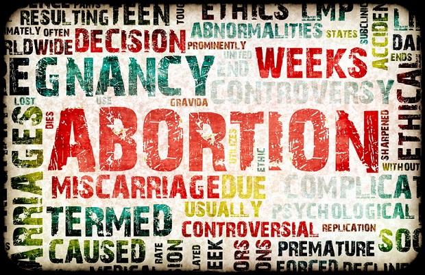 Nie chciała zrobić aborcji, szeryf jej groził. Nie usłyszy zarzutów