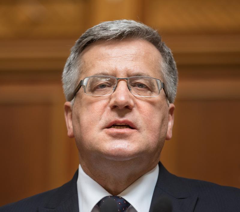 Były prezydent B.Komorowski złożył zeznania w Prokuraturze Krajowej