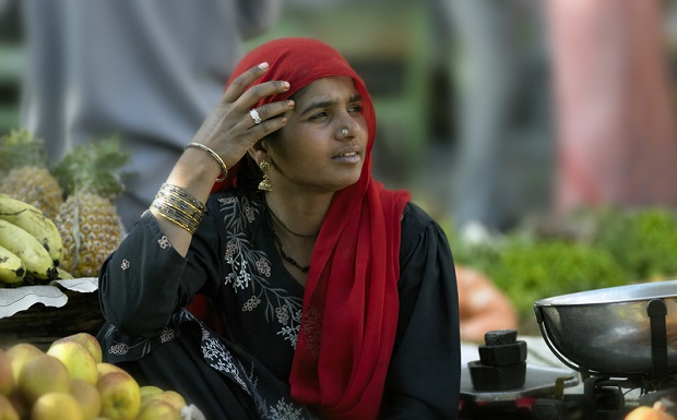 Rada wioski w Indiach skazała dwie młode kobiety na zgwałcenie
