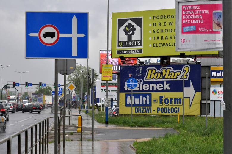 Władze Małopolski chcą oczyścić Podhale z wielkoformatowych reklam