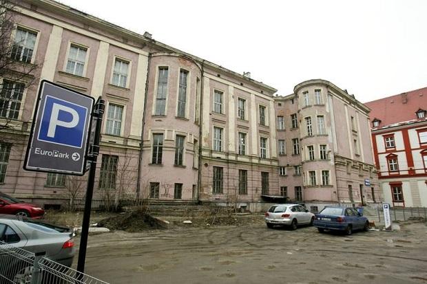 Afera z budynkiem farmacji AM we Wrocławiu
