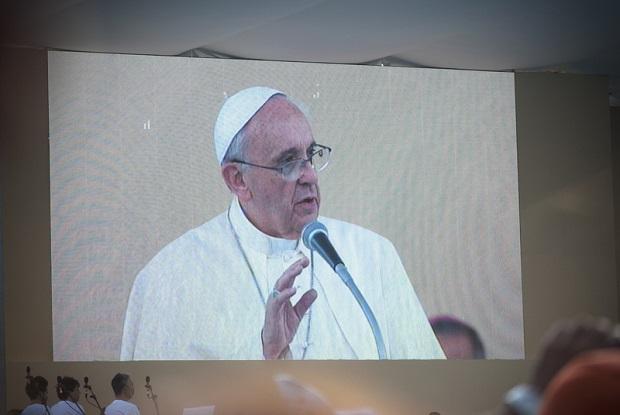Miłosierdzie to drugie imię miłości – Papież Franciszek apeluje o przyjmowanie uchodźców