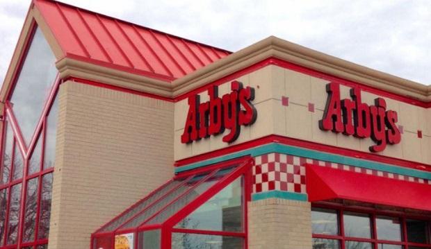 Policja nawołuje do bojkotu restauracji Arby's