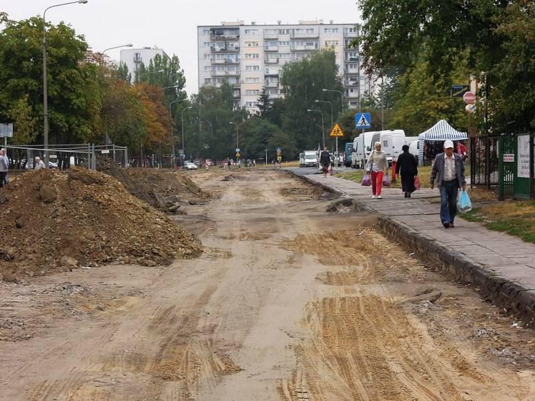 Robotnicy zerwali asfalt i zniknęli