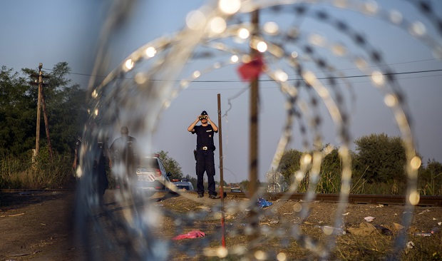 Turcja: Rozbito gang, który przemycał migrantów do Europy