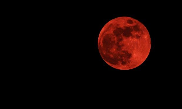 """Już dziś """"Krwawy Księżyc"""" zachwyci nas swoim urokiem !"""