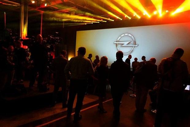 GM rozpoczyna produkcję Opla Astra V w Gliwicach