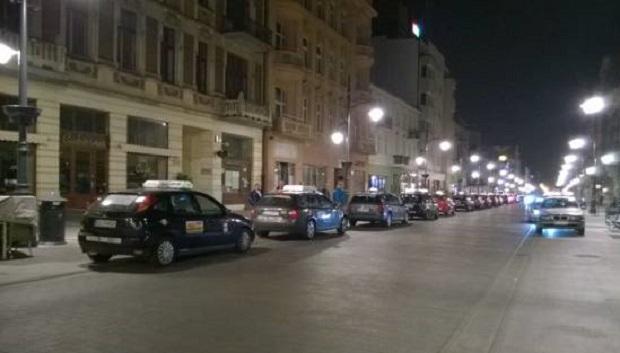 Piotrkowska w Łodzi bez taksówek?