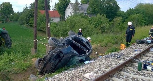 Kolej nie zlikwiduje przejazdów kolejowych po wypadku w Pniewitem