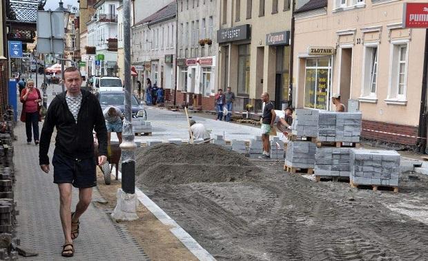 Dobiega końca kolejny etap remontu ul. Klasztornej w Świeciu