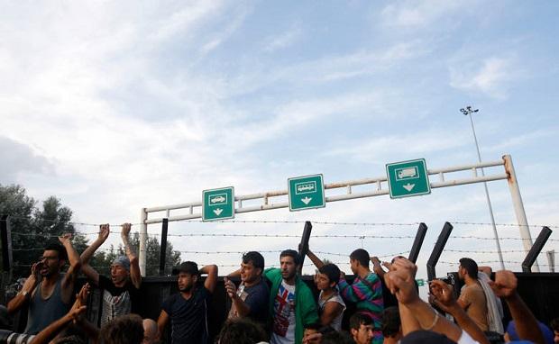 Francja zaostrza przepisy dotyczące imigracji