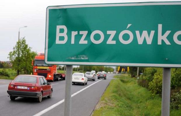 Dramat na drodze krajowej nr 10 w podtoruńskiej Brzozówce. Zginął 23-latek