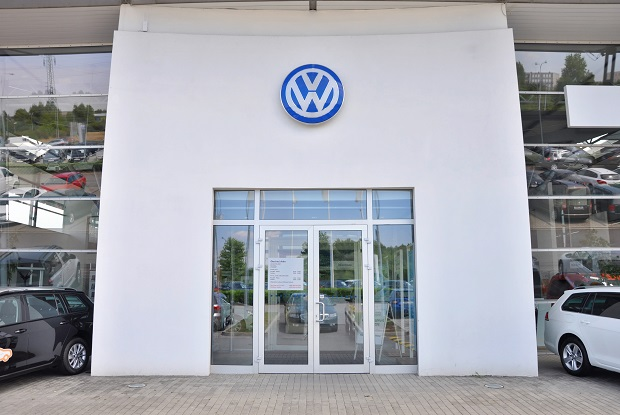 """Światowa afera Volkswagena z """"ustawką"""" spalin"""