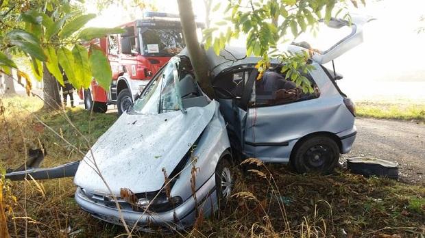 Śmiertelny wypadek pod Strzelcami Opolskimi. Zginął 60-letni kierowca fiata