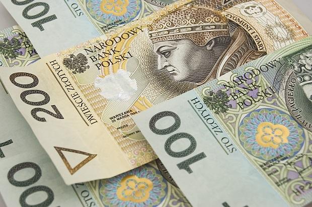 Jak oszczędzają Polacy?