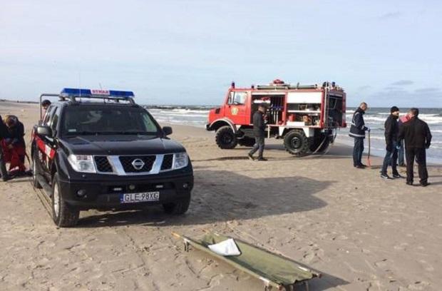 W Łebie morze wyrzuciło na brzeg ciało mężczyzny