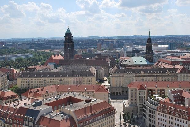 Antyimigrancka demonstracja w Dreźnie