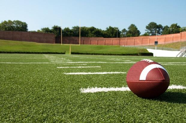 Kalifornia może zakazać kontaktowego futbolu dzieciom przed szkołą średnią