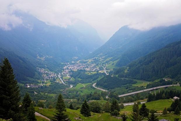 Błyskawiczna reakcja policjantów uratowała Polkę w Szwajcarii