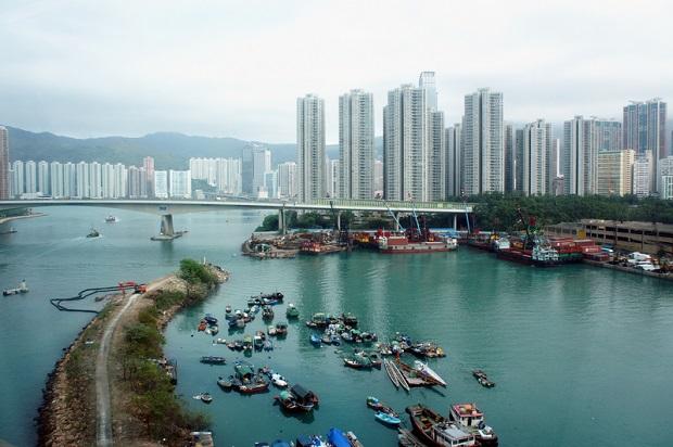 Około 100 osób rannych w kolizji promu u wybrzeży Hongkongu