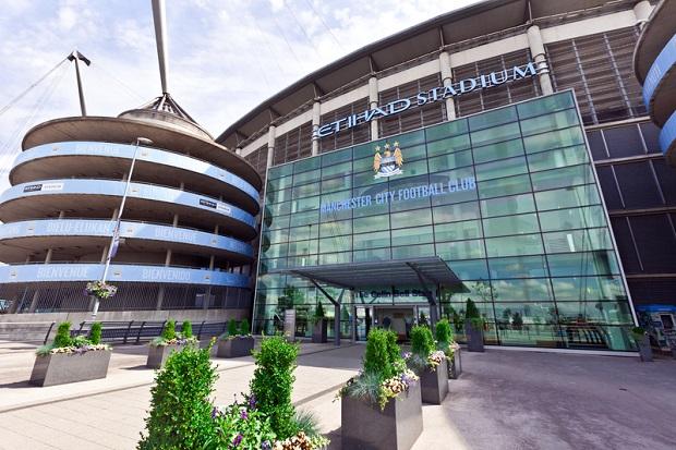 Liga Mistrzów. Rozróby w Manchesterze – policja zatrzymała pseudokibiców z Polski
