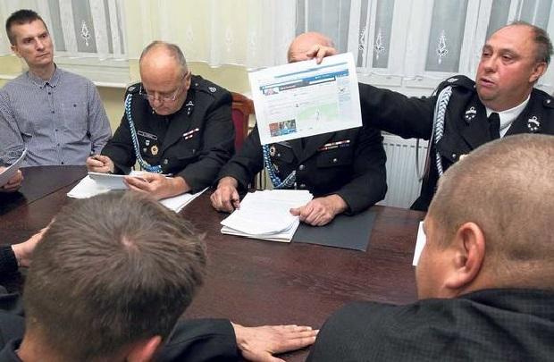 Strażacy kontra burmistrz Tychowa