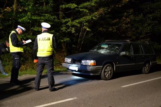Tragiczny poranek na drogach w województwie łódzkim