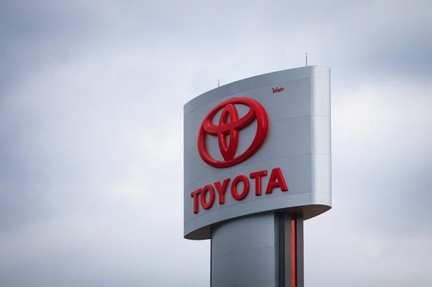 Toyota wzywa do serwisu ponad milion samochodów. Powód? Problemy z pasami bezpieczeństwa