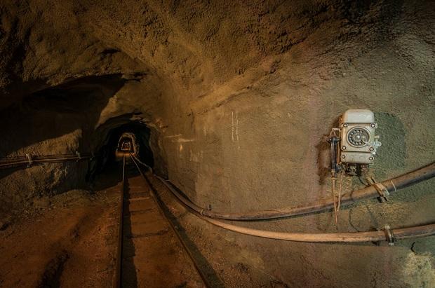 Tajemniczy tunel pod torami w Przemyślu. Dlaczego go zasypano?