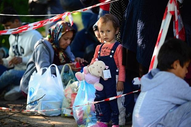 Uchodźcy podpalają namioty – coraz trudniejsza sytuacja w Słowenii.