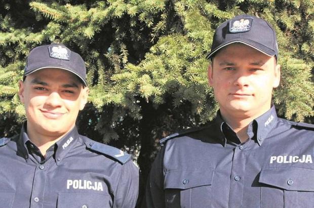 Policjanci z Nowego Targu ryzykowali życie. Wyprowadzili ludzi z pożaru