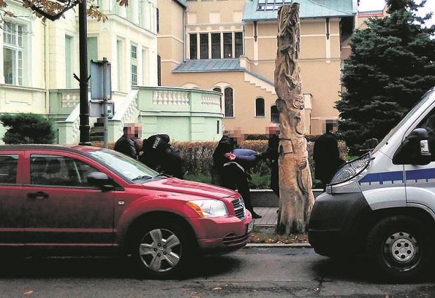 Dwaj Bułgarzy kopiowali dane z kart płatniczych. Wpadli w Bydgoszczy