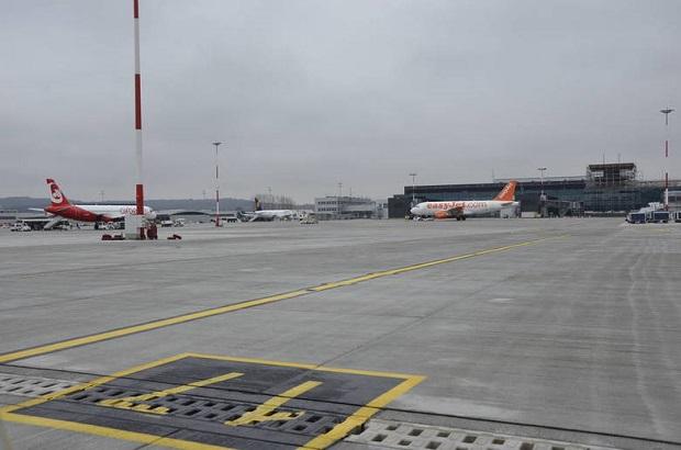 Kraków: mgła paraliżuje Balice