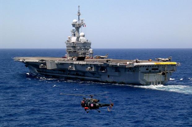 Francuski lotniskowiec Charles de Gaulle wesprze walkę z ISIS