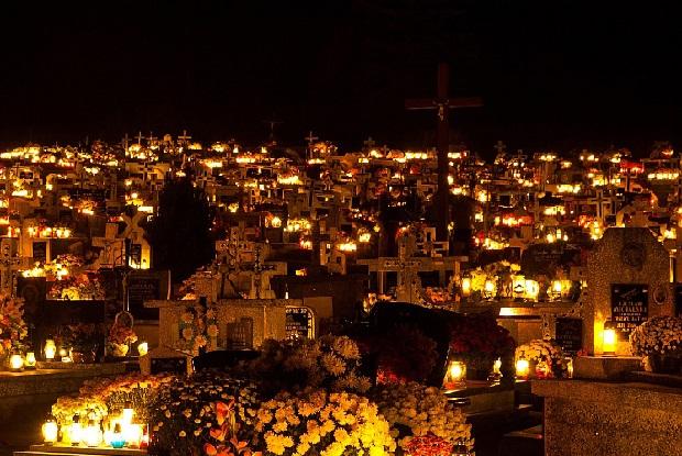 Samorządy nie wywiązują się dostatecznie z opieki nad cmentarzami