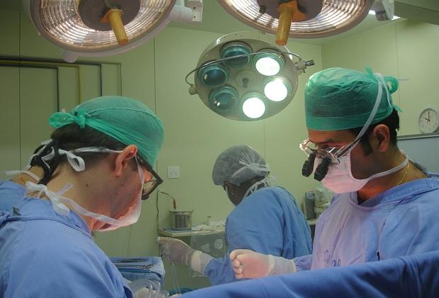 W Szpitalu Uniwersyteckim w Krakowie przeprowadzono pionierską operację